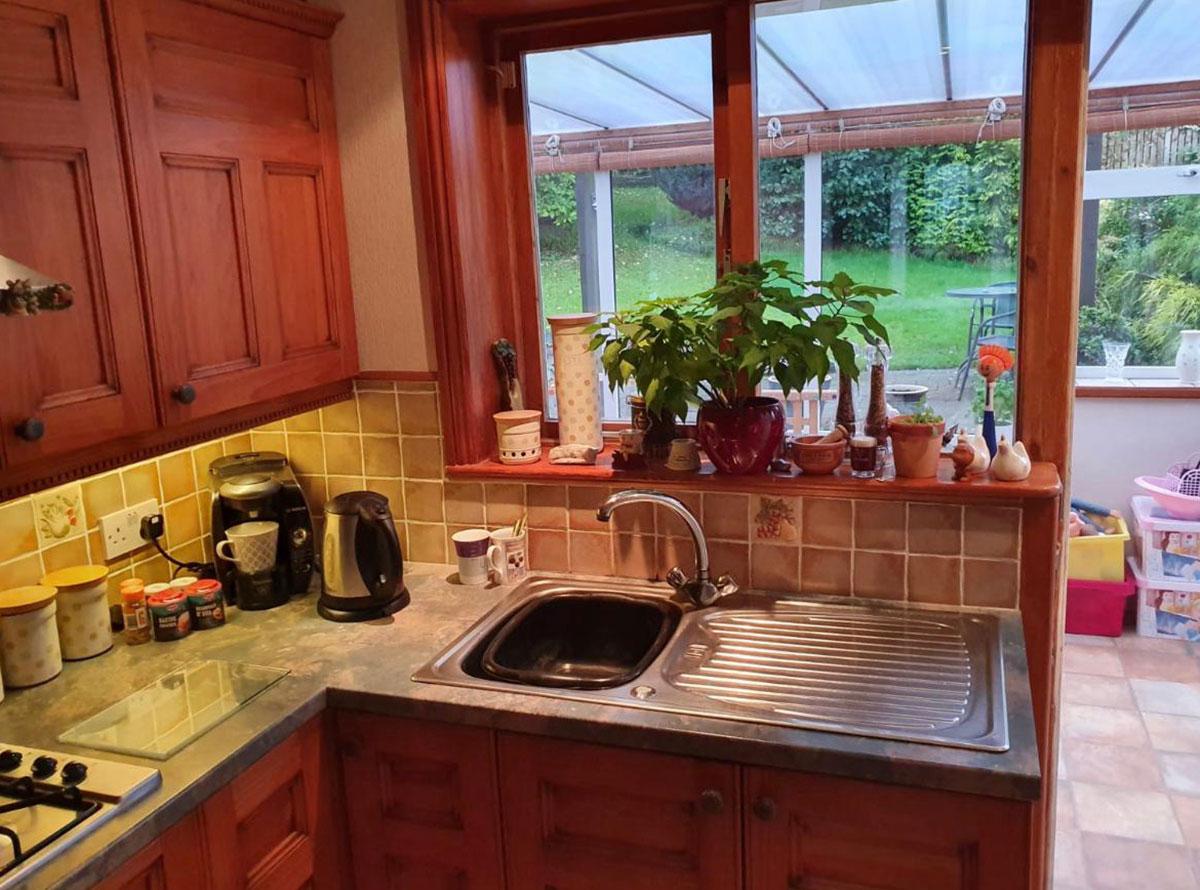 Modern Reflection Kitchen Case Study